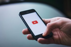 youtube vs facebook vs linkedin video